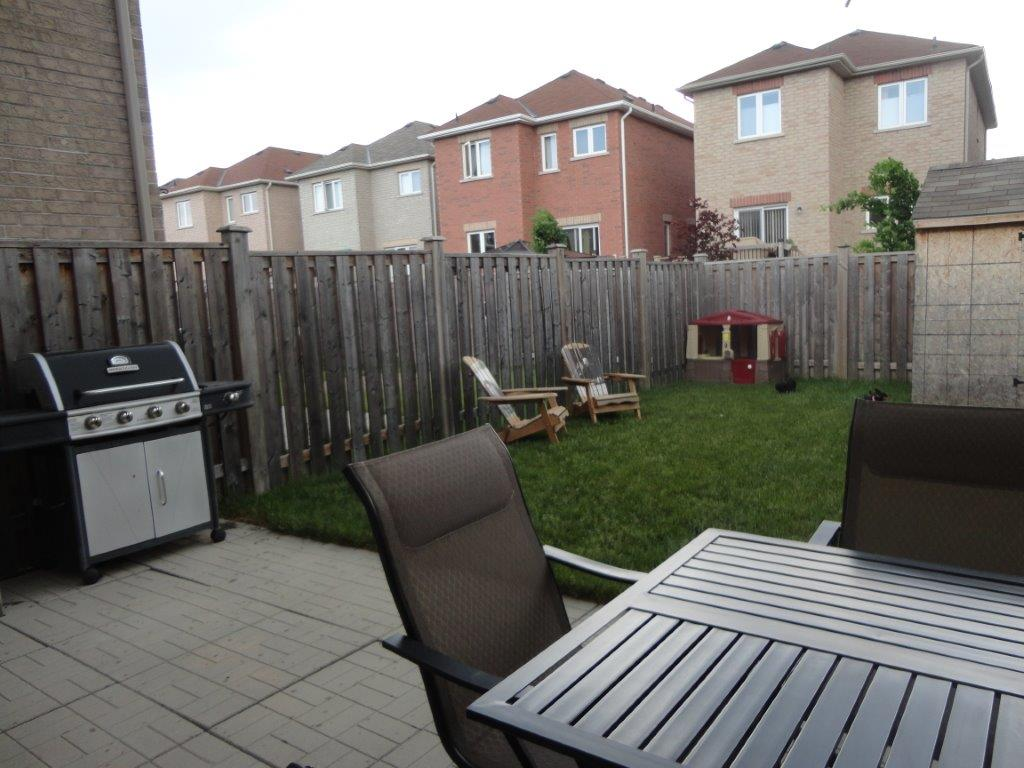 Attractive Interested In This Georgetown Freehold Townhouse In Halton Hills Village?  Use The Form On The Right To Request More Information, Or To Arrange A  Viewing.